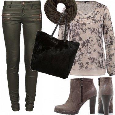 Outfit Carismatica