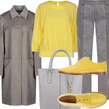 Outfit Minimal grey and yellow