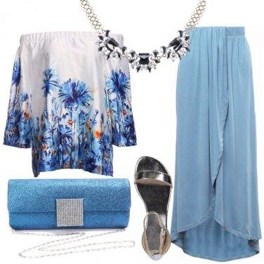 Outfit La gonna lunga azzurra