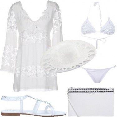Outfit In spiaggia al chiar di luna