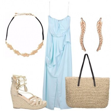 Outfit Un abito celeste
