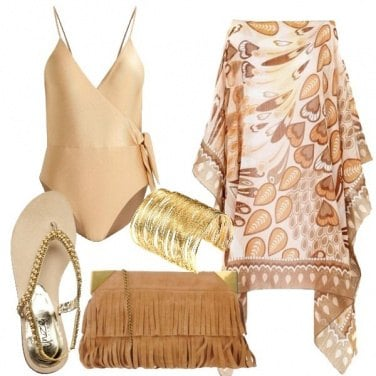 Outfit Oro in spiaggia