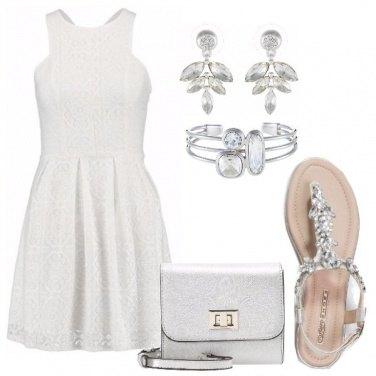 Outfit Bianco e argento per risplendere