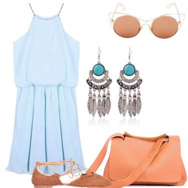 Outfit Vestito azzurro