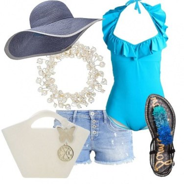 Outfit Balliamo sulla spiaggia