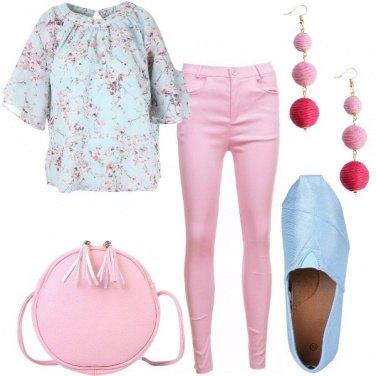 Outfit Cielo e rosa