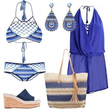 Outfit In spiaggia in blu