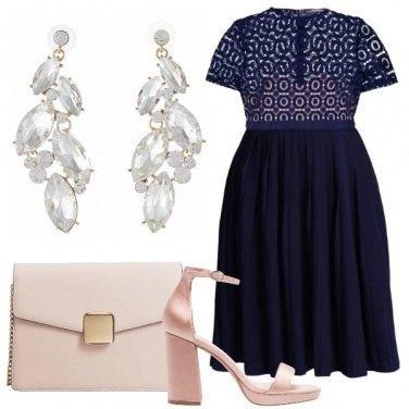 Outfit Blu e cipria