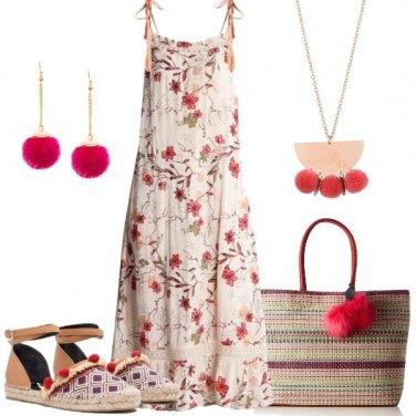 Outfit Fiori e pompon