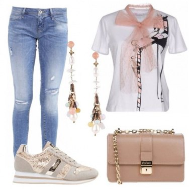 Outfit Sneakers contemporanea