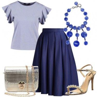 Outfit Una gonna blu
