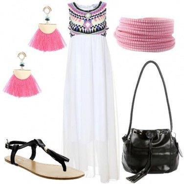 Outfit Abito lungo con sandali flat