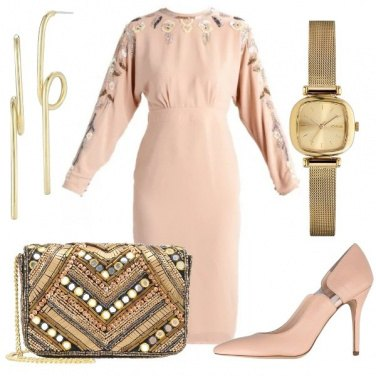 Outfit Elegante in nude