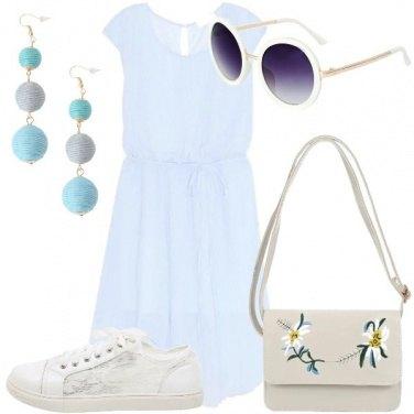 Outfit Vestitino azzurro