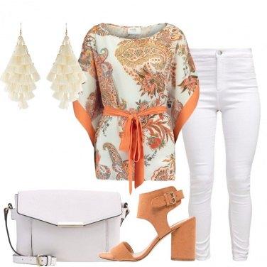 Outfit La tunica in fantasia paisley