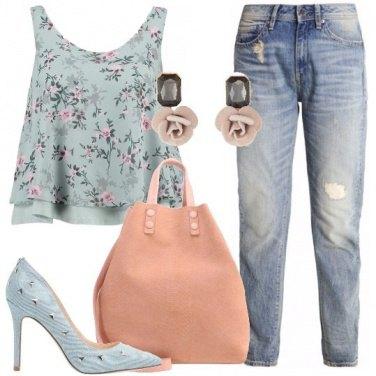 Outfit Fiori e borchie