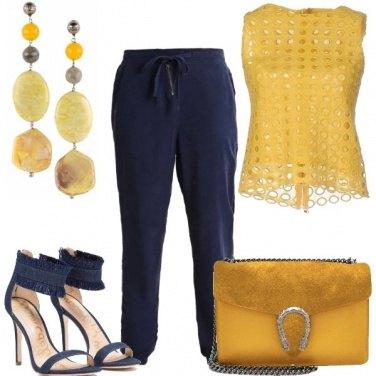 Outfit Serata in giallo e blu