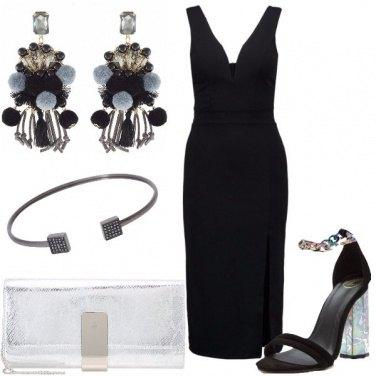 Outfit Tubino nero mai scontato