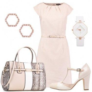 Outfit Il tubino bon ton