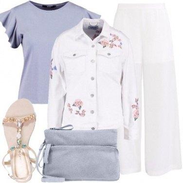 Outfit Colori pastello e bianco