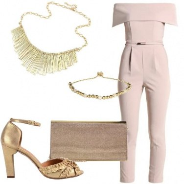 Outfit Color oro