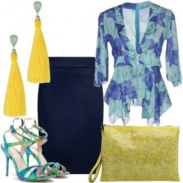 Outfit Dettagli colorati e brillanti