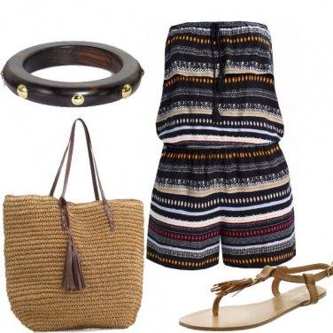 Outfit Dettaglio nappina