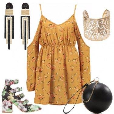 Outfit Un vestito floreale