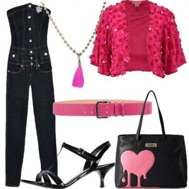 Outfit Il cuore sulla borsa