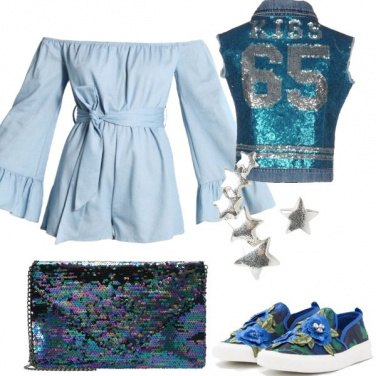 Outfit Smanicato in jeans e paillettes