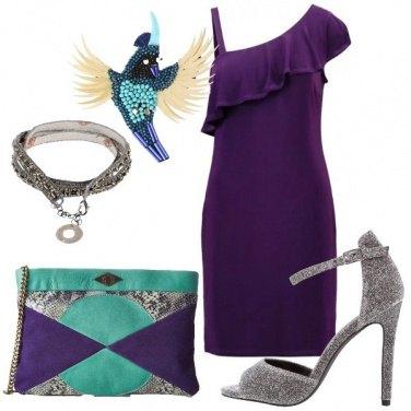 Outfit La spilla particolare