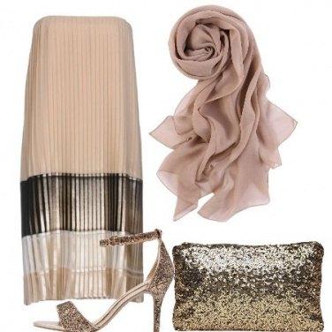 Outfit Beige e paillettes
