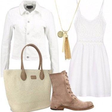 Outfit Mini abito bianco