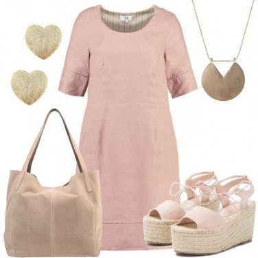 Outfit Romantica in lino