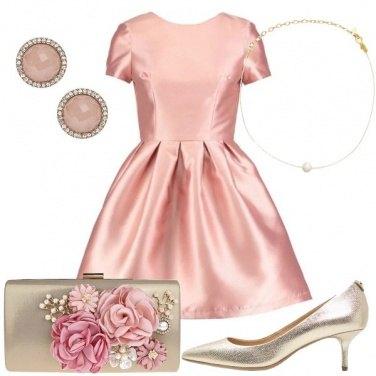 Outfit Serata in oro e rosa