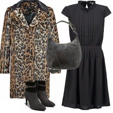 Outfit Essenzialmente animalier
