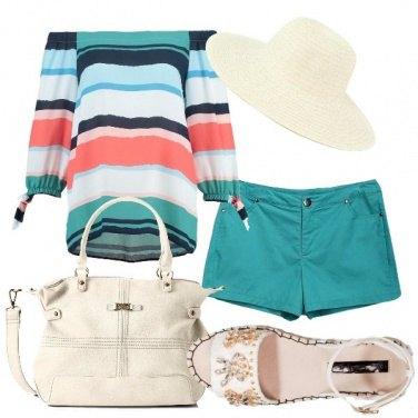 Outfit Pantaloncini e cappello
