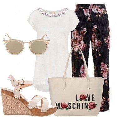 Outfit La borsa Moschino