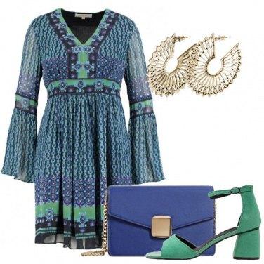 Outfit Fantasie blu e verdi