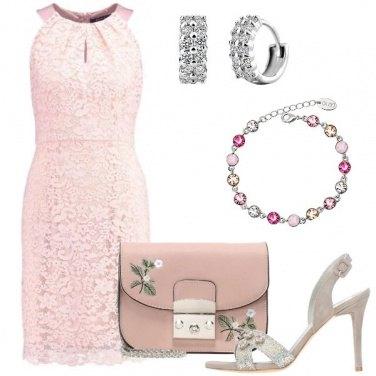 Outfit Romantica in rosa e argento