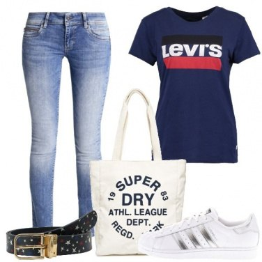 Outfit T-shirt e jeans
