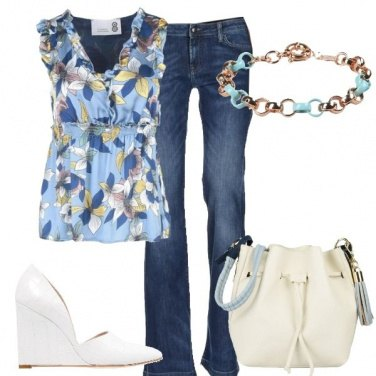 Outfit Jeans e top floreale