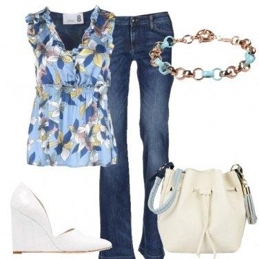Outfit Jeans e top floreale