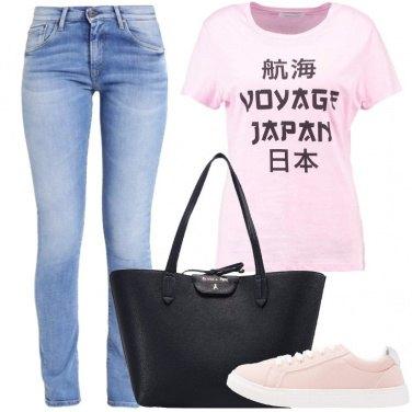 Outfit Amo viaggiare