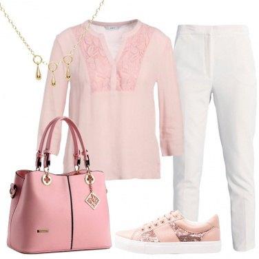Outfit Semplice in bianco e rosa