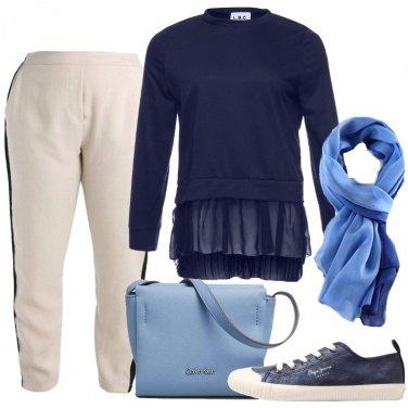 Outfit La felpa blu