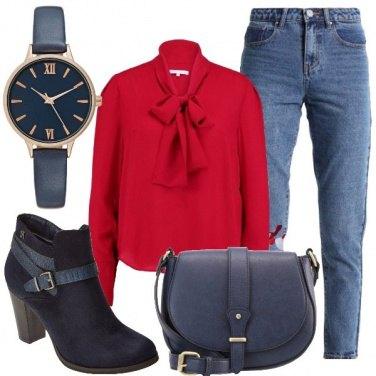 Outfit Rosso con fiocco