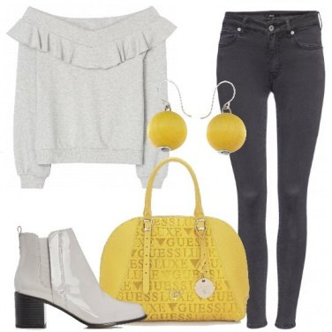 Outfit Trendy in grigio