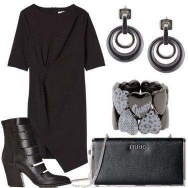 Outfit Stivaletto e tacco medio