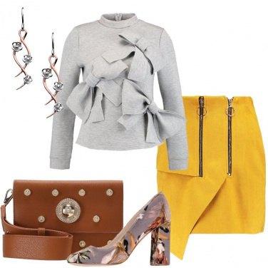 Outfit La minigonna senape
